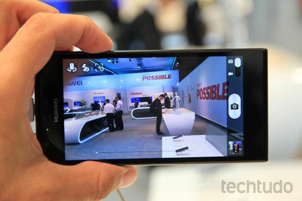 Huawei Ascend P2 (Foto: Allan Melo/TechTudo)