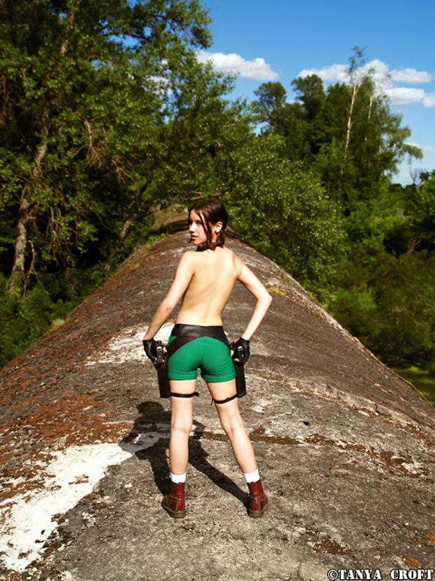 Tanya Croft aparece de novo, agora mais ousada (Foto: Guitarse Gaming)