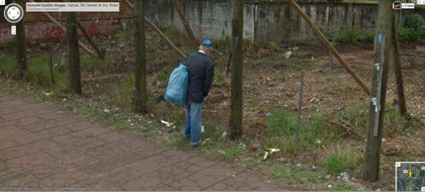 Pessoa urina e é flagrada no Street View (Foto: Reprodução|BuzzFeed)