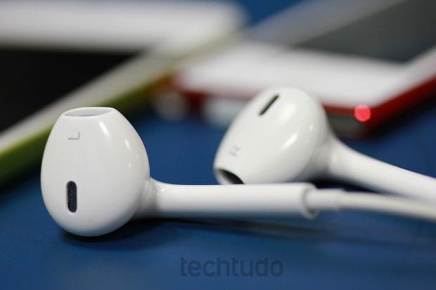 Earpods acompanham os novos iPods da Apple (Foto: Marlon Câmara/TechTudo)