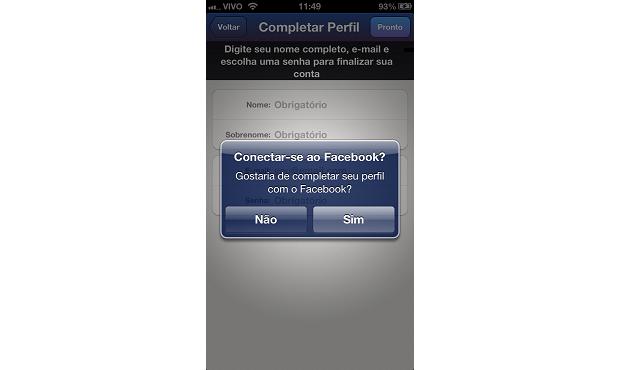 Conectando-se ao Facebook (Foto: Reprodução/Aline Jesus)