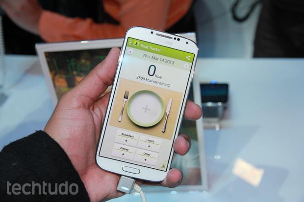 Galaxy S4 chega com aplicativos exclusivos da Samsung (Foto: Allan Melo/TechTudo)