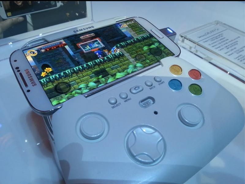 O joystick da Samsung é mais um acessório que deve chegar à linha Galaxy em breve (Foto: Reprodução/AndroidHeadlines)