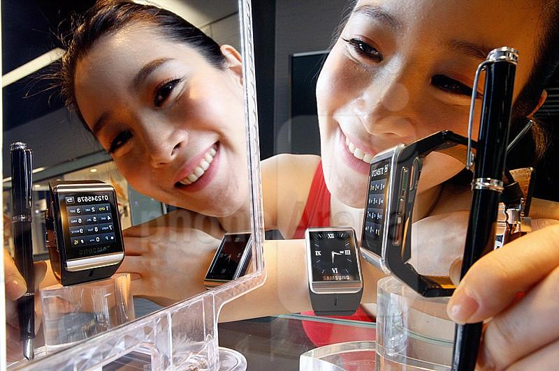 O novo relógio inteligente da Samsung seria um upgrade do S9110 de 2009 (Foto: Divulgação/Samsung) (Foto: O novo relógio inteligente da Samsung seria um upgrade do S9110 de 2009 (Foto: Divulgação/Samsung))