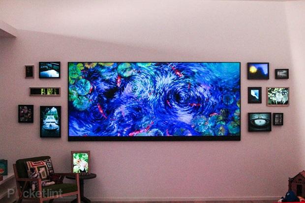 Televisão gigante da Microsoft decora sede da empresa (Foto: Reprodução/Pocket Lint)