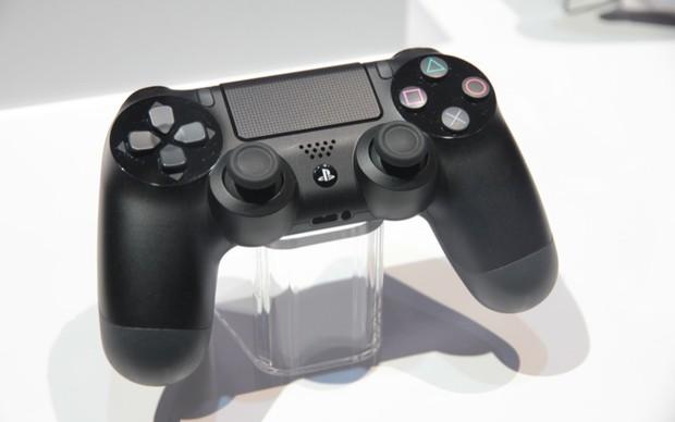 Novo controle do PS4 (Foto: Léo Torres / TechTudo)