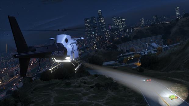 Helicóptero da polícia sobrevoando cidade ao anoitecer. (Foto: Divulgação) (Foto: Helicóptero da polícia sobrevoando cidade ao anoitecer. (Foto: Divulgação))