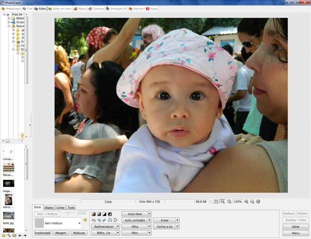Tela inicial de edição do Photoscape com imagem carregada (Foto: Reprodução/ Raquel Freire)