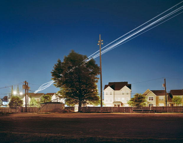 O fotografo é conhecido por obras que valorizam a luz com o controle da velocidade do obturador da máquina (Foto: Reprodução/ Kevin Cooley)