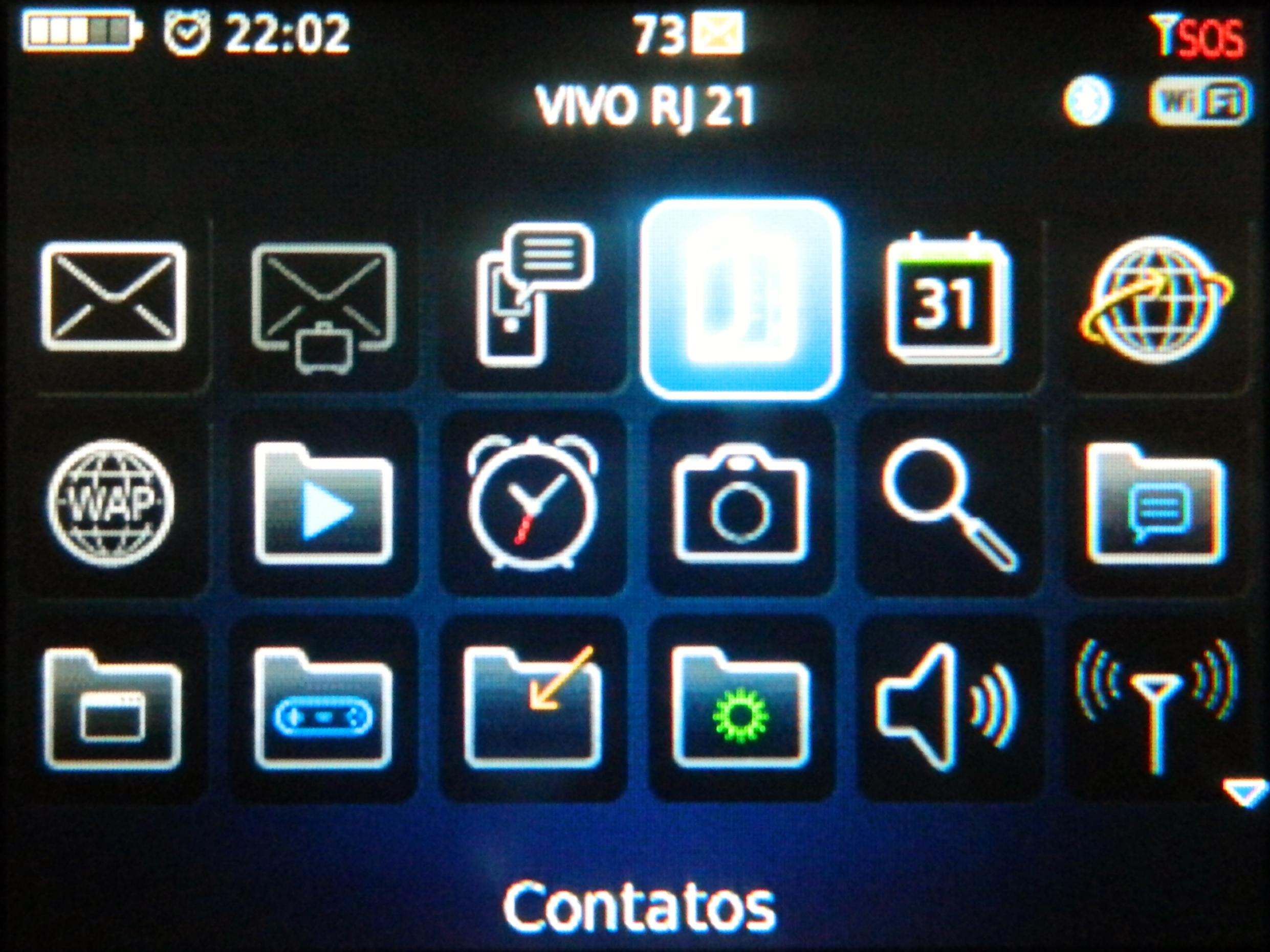 Menu com a opção da lista de contatos em destaque (Foto: Reprodução/Carolina Ribeiro)