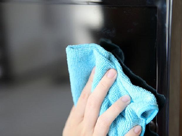 Utilize panos macios para limpar o monitor (Foto: Reprodução/WikiHow)
