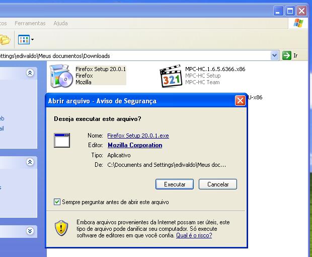 Executando e autorizando o Instalador do Firefox (Foto: Reprodução/Edivaldo Brito)