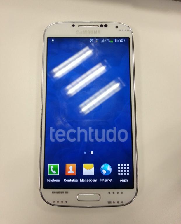 Galaxy S4 em território brasileiro (Foto: TechTudo)