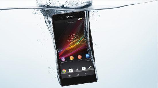 O Xperia ZR poderá ser submerso em até 1,5 m de água e por até 30 minutos (Foto: Reprodução/Sony)