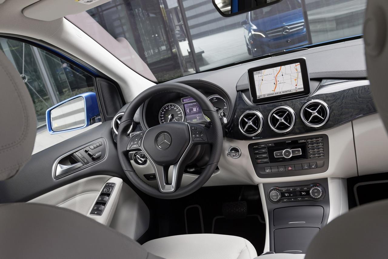 Classe B elétrico tem conforto de Mercedes e tecnologia da Tesla  (Foto: Divulgação/Mercedes-Benz)