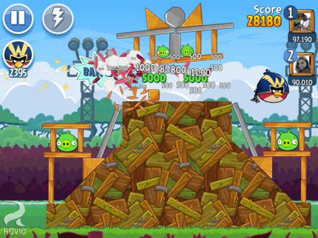 Desafie seus amigos do Facebook em Angry Birds Friends (Foto: Divulgação)