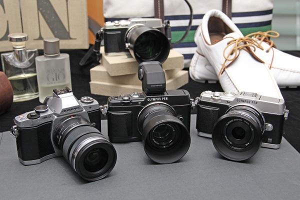 Câmeras Olympus vazaram nesta quinta (Foto: Reprodução/SlashGear)