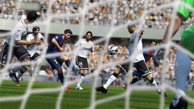 Jogadores da defesa também marcarão de forma mais inteligente em Fifa 14 (Foto: Divulgação) (Foto: Jogadores da defesa também marcarão de forma mais inteligente em Fifa 14 (Foto: Divulgação))