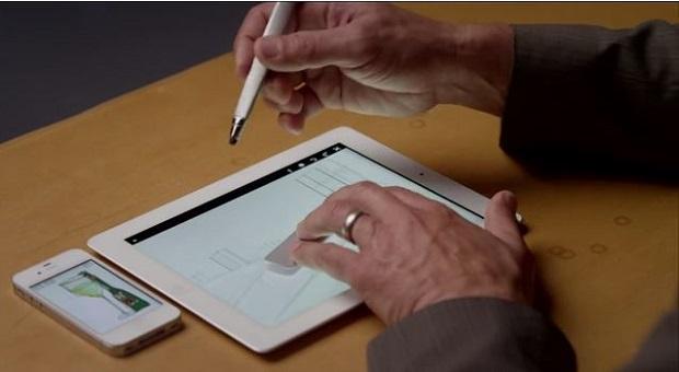 Adobe apresentou a caneta Mighty Pen e a régua Napoleon Ruler, seus novos produtos para tablets (Foto: Reprodução/YouTube)