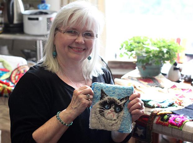 Jeannie Vereen optou por fazer um tapete com a cara de Grumpy Cat (Foto: Divulgação)
