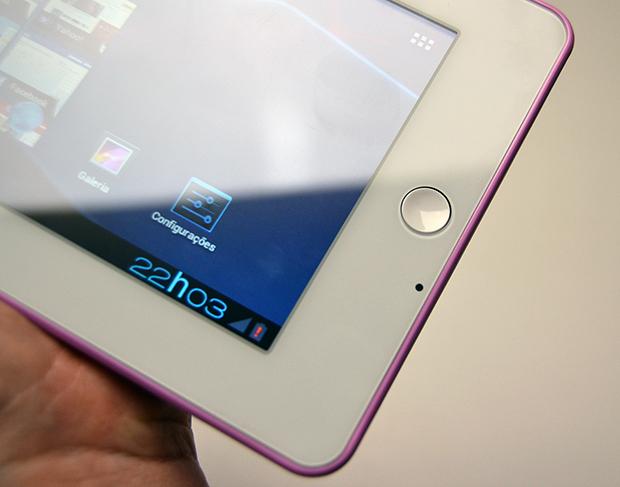 Botão e câmera do tablet Multilaser Onix (Foto: Stella Dauer)