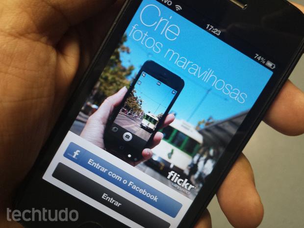 iOS 7 deve trazer integração com Flickr e Vimeo (Foto: Allan Melo / TechTudo)