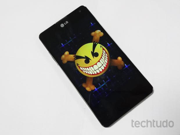 Smartphones estão cada vez mais expostos à vírus (Foto: Elson de Souza/TechTudo)