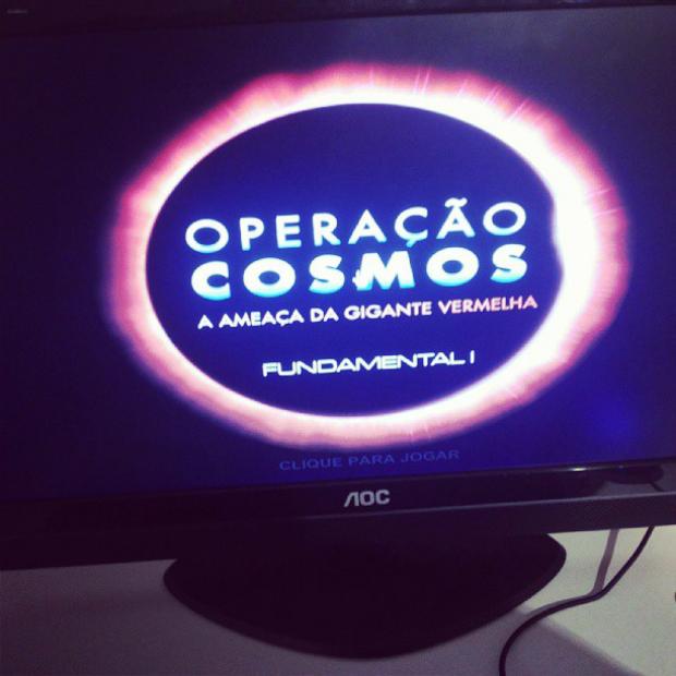 Era possível jogar Operação Cosmos em dois computadores do evento (Foto: Pedro Zambarda/TechTudo)