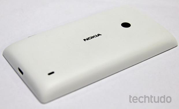 Review do lumia 520 o smartphone da nokia rpido bonito e barato o nokia lumia 520 permite trocar a tampa traseira foto marlon cmaratechtudo ccuart Choice Image