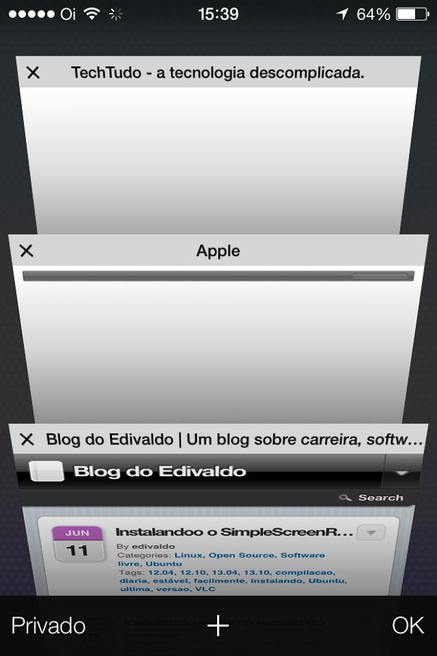 Safari mostra a lista das páginas abertas em 3D (Foto: Reprodução/Edivaldo Brito)