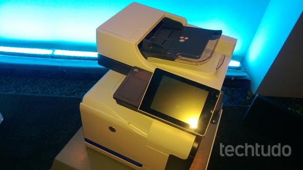 Impressora HP Flow CM Professional (Foto: TechTudo/Allan Melo)