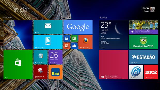 Windows 8.1 tem mudanças no fundo da Tela Iniciar e diversos tamanhos de Live Tiles (Foto: Elson de Souza/TechTudo)