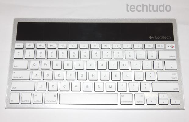 Logitech k760 (Foto: Caio Renan/TechTudo)