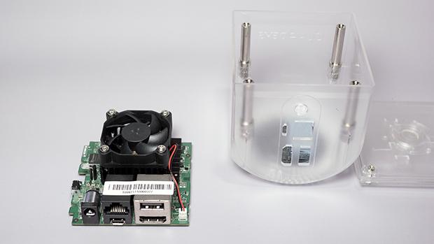 O Hardware do Ouya é simples e compacto, diferente da maioria dos consoles (Foto: wikipedia.org)