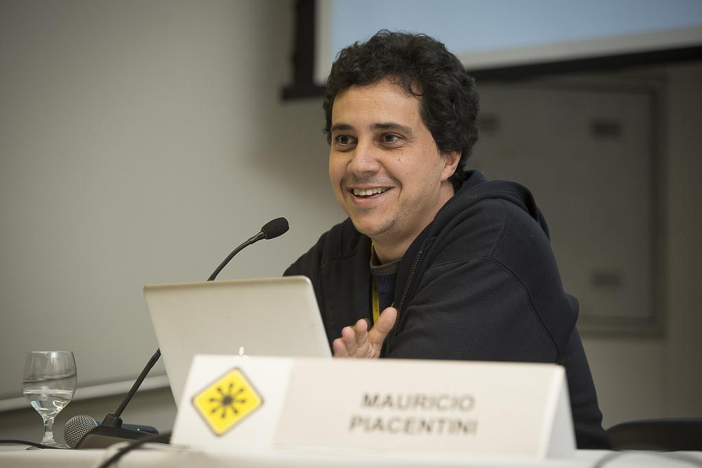 Designer de games Maurício Piacentini, da Tabuleiro Produções, no Fisl14 (Foto: Gabriel Galli/TechTudo)