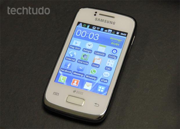 Galaxy Y Duos , o dual-chip de entrada da Samsung (Foto: Isadora Díaz