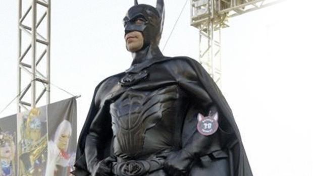 O Batman de Taubaté faz aparições cercadas de expectativas. (Foto: NeoNights)