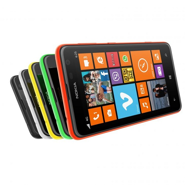 Nokia Lumia 625 com as capas coloridas que servem de acessório para o aparelho (Foto: Divulgação)