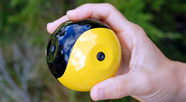Do tamanho de uma bola de baseball, a Squito consegue registrar filmes e fotos panorâmicas (Foto: Divulgação/ Serveball)
