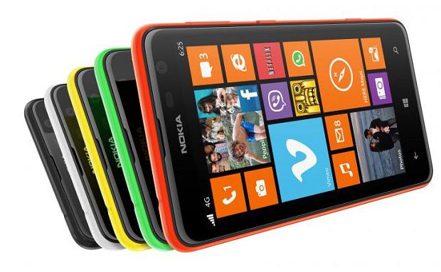 """Lumia 625 é o primeiro """"gigante"""" da Nokia, com tela de 4,7 polegadas e WP8 (Foto: Divulgação)"""