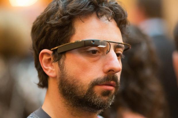 Preço do Google Glass deve sofrer redução drástica no lançamento (foto: Divulgação)