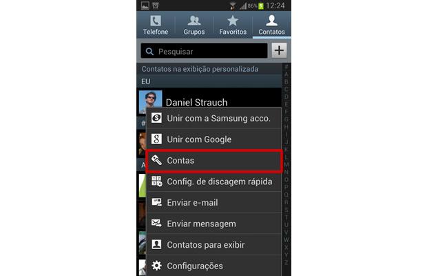 """Para remover a associação da agenda com sua conta de Facebook, aperte a tecla de """"função"""" de seu Android e selecione """"Contas"""" (Foto: Reprodução/ Daniel Ribeiro)"""