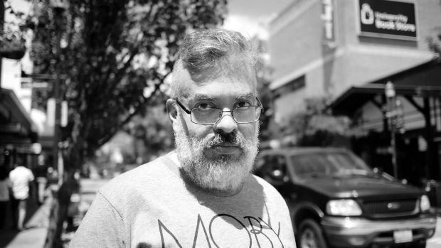 Fábio Fernandes, escritor de ficção científica e professor de Jogos Digitais (J Y Yang/Arquivo Pessoal)