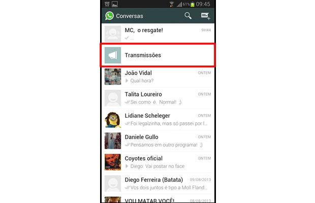 """A opção """"Transmissões"""" será exibida entre suas conversas de WhatsApp, permitindo que você acesse mais rapidamente este recurso (Foto: Reprodução/ Daniel Ribeiro)"""