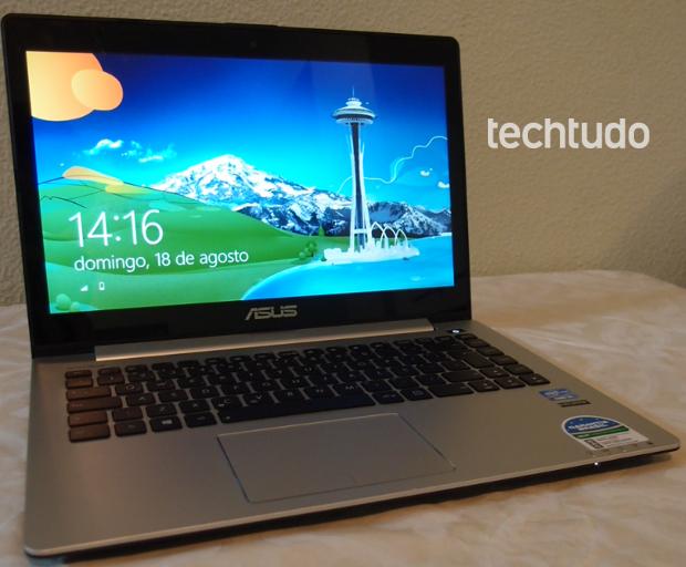 Frente do Asus Vivobook: Ultrabook tem peso de 1,83 kg (Pedro Zambarda/TechTudo)