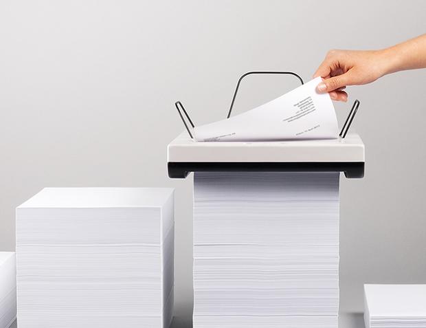 Impressora funciona em cima de uma pilha de papel (Foto: Divulgação) (Foto: Impressora funciona em cima de uma pilha de papel (Foto: Divulgação))