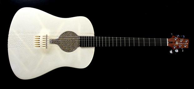 Até partes de metal de violão foram produzidas por impressão 3D (Foto: Reprodução / Cubify.com)