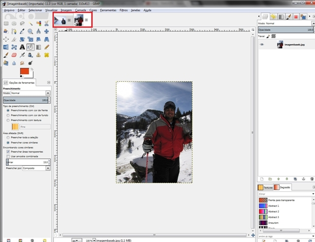 Tela do Gimp com duas abas de imagem abertas (Foto: Raquel Freire)