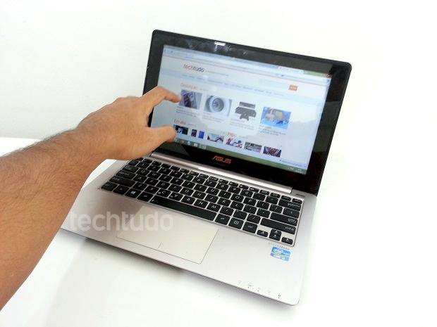 VivoBook conta com tela LED touch de 11,6 polegadas com boa resposta multitouch (Foto: TechTudo/Thiago Barros)