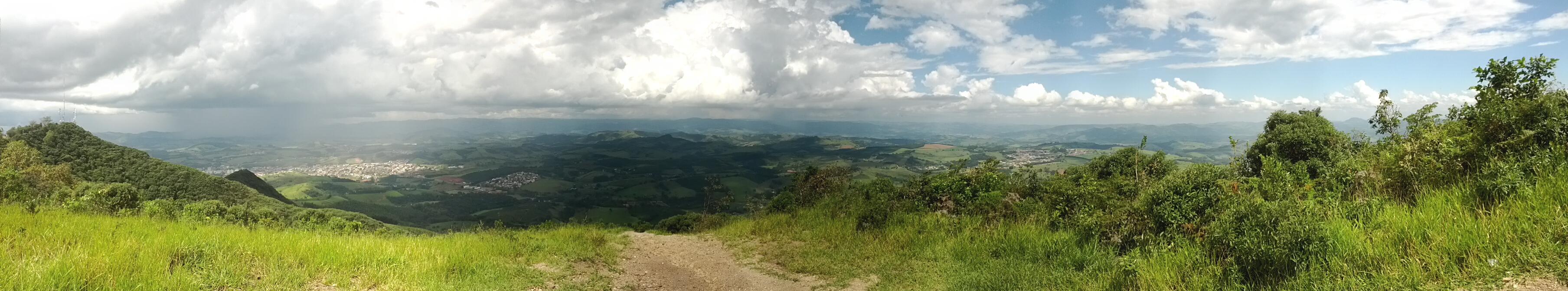 Tire fotos de uma paisagem por vários ângulos e crie uma panorâmica (Foto: Reprodução / Paulo Alves)